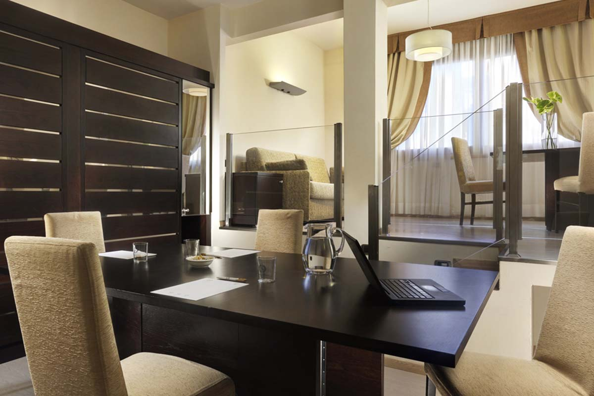 Grand Hotel Mediterraneo3